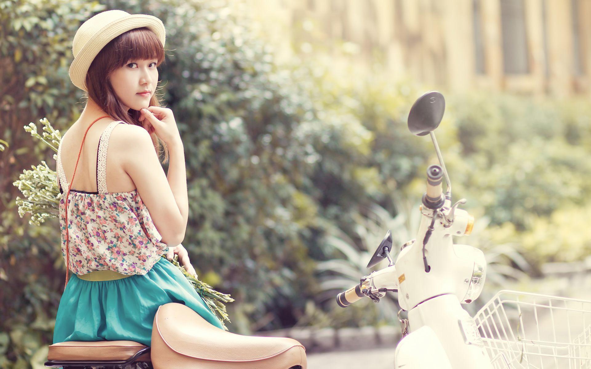 Pin On Cute And Beautiful Asian Girls Wallpapers Full Hd
