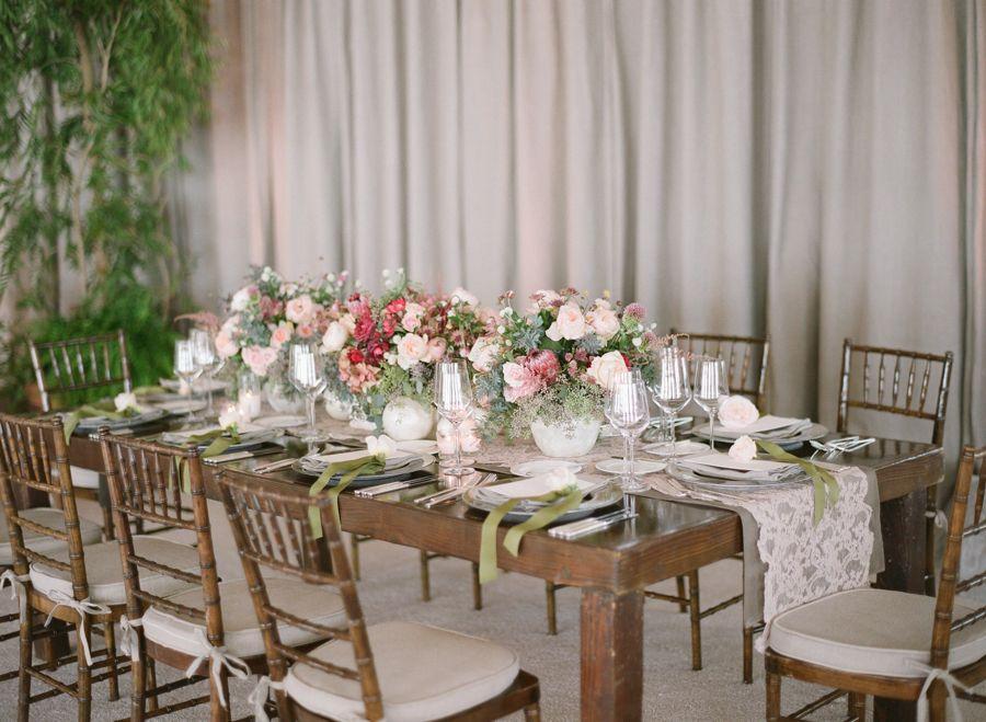 Photography: Michael & Anna Costa Photography ~ Anna Costa   michaelandannacosta.com Floral Design: Mindy Rice Floral Design   mindyrice.com   View more: http://stylemepretty.com/vault/gallery/23882