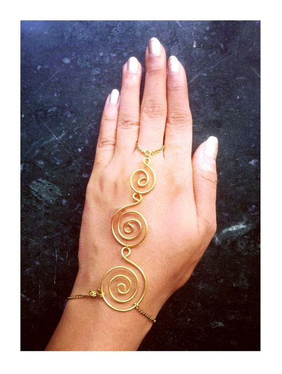 oOo   Three Spiral Wire Hand Harness Ring Bracelet Palm Cuff  Palm accessory Slave Bracelet Hippie Gypsy Bohemian Accessory   oOo