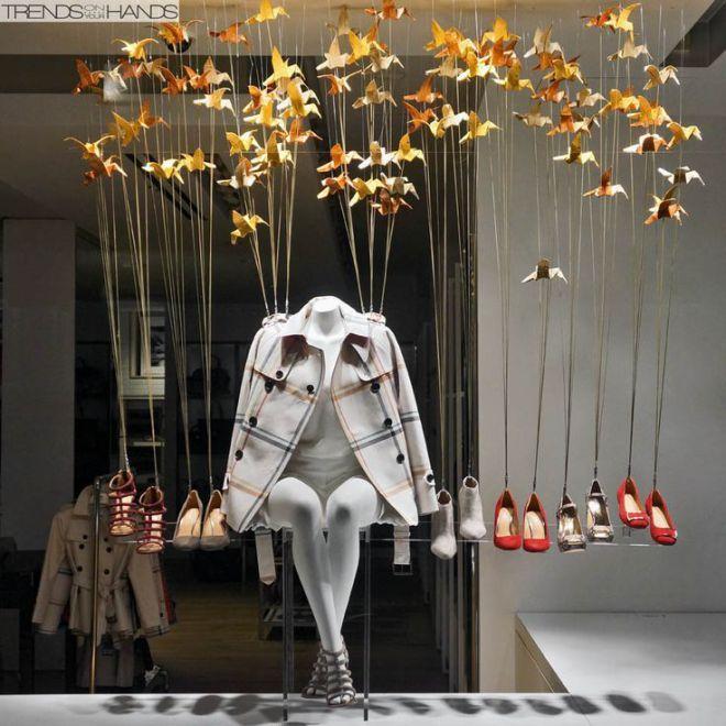 15 ideas como exhibir calzado zapatos y tennis page 2 - Vidrieras modernas ...
