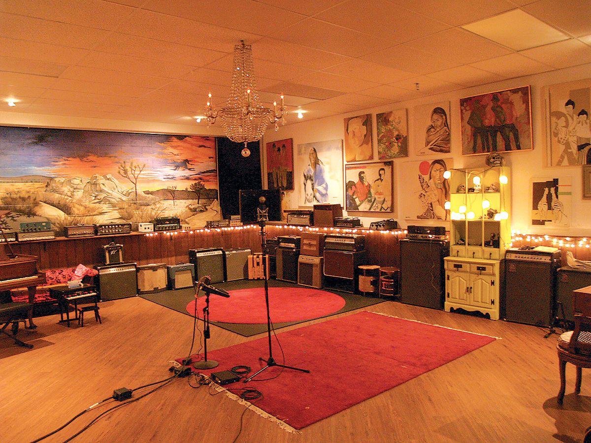 Josh Homme\'s Pink Duck Recording Studio | Studios | Pinterest ...