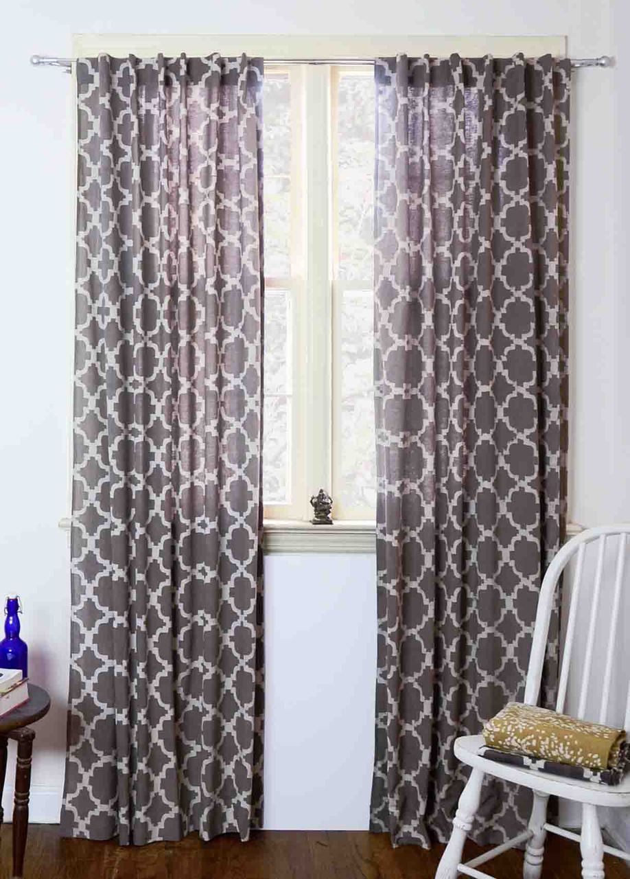 Chain link grey curtains off in power pins