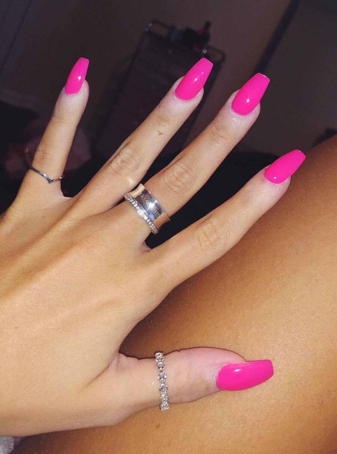 Pink Naiks Neon Pink Nails Pink Acrylic Nails Yellow Nails