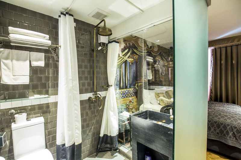Try these 14 remarkably affordable lodgings in Bangkok right by the BTS that will reignite your travel bug. We guarantee no bed bugs!