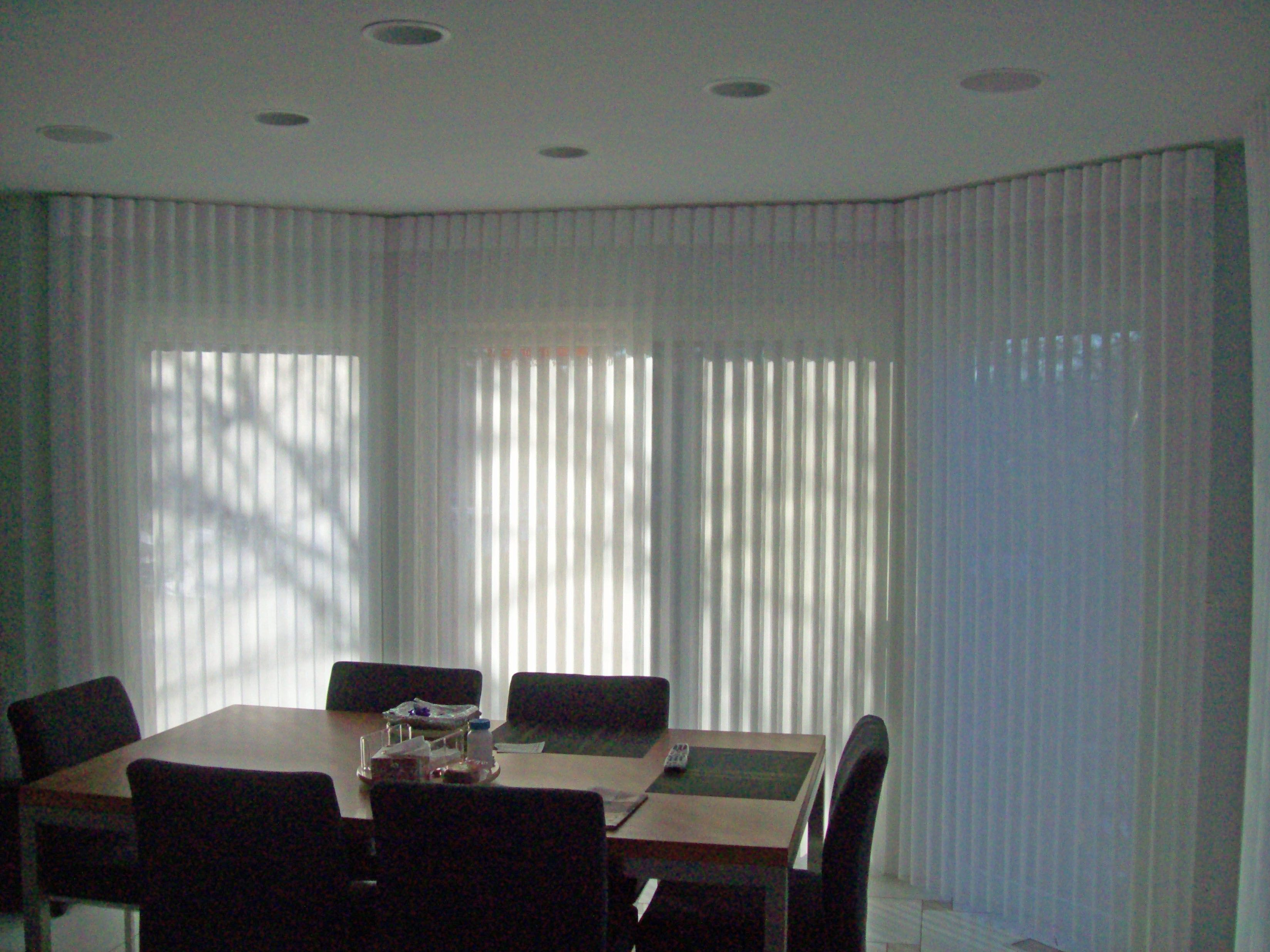 Luminette in bay with center sliding glass door outside for Center sliding patio doors