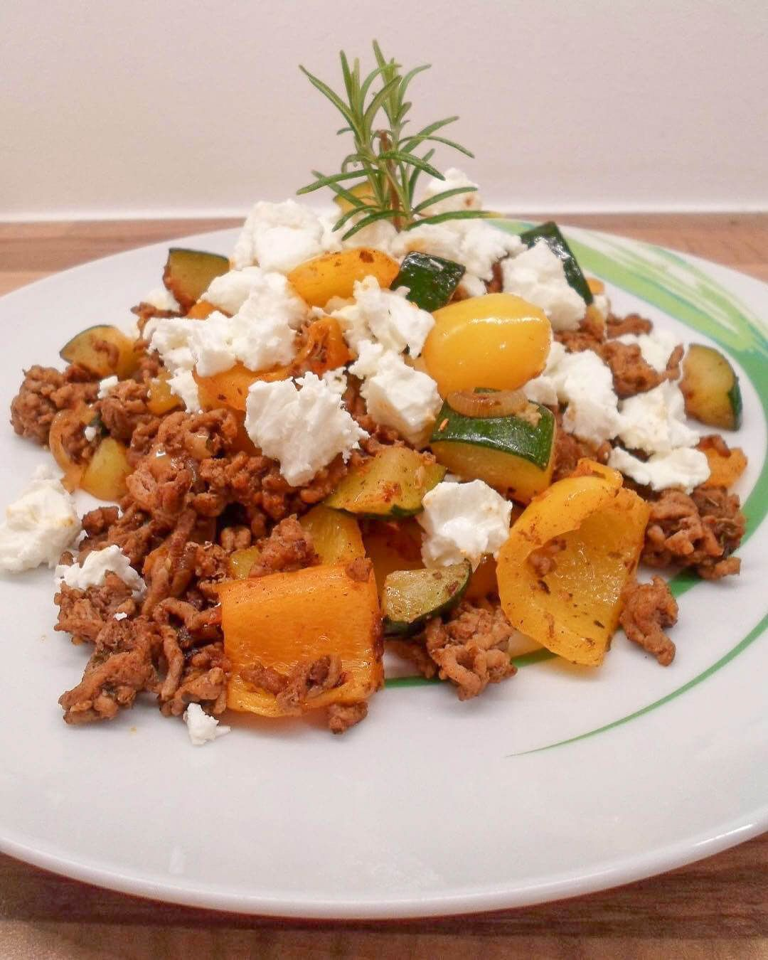 Photo of Greek minced meat pan with feta – low carb dish for slimming