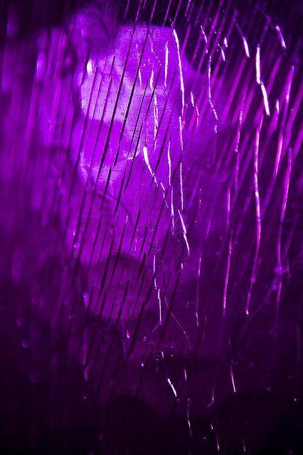 les 25 meilleures id es de la cat gorie couleur violet sur. Black Bedroom Furniture Sets. Home Design Ideas