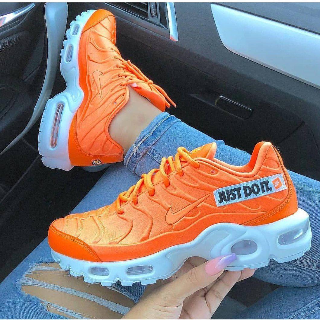 Orange OG 95s   Orange nike shoes