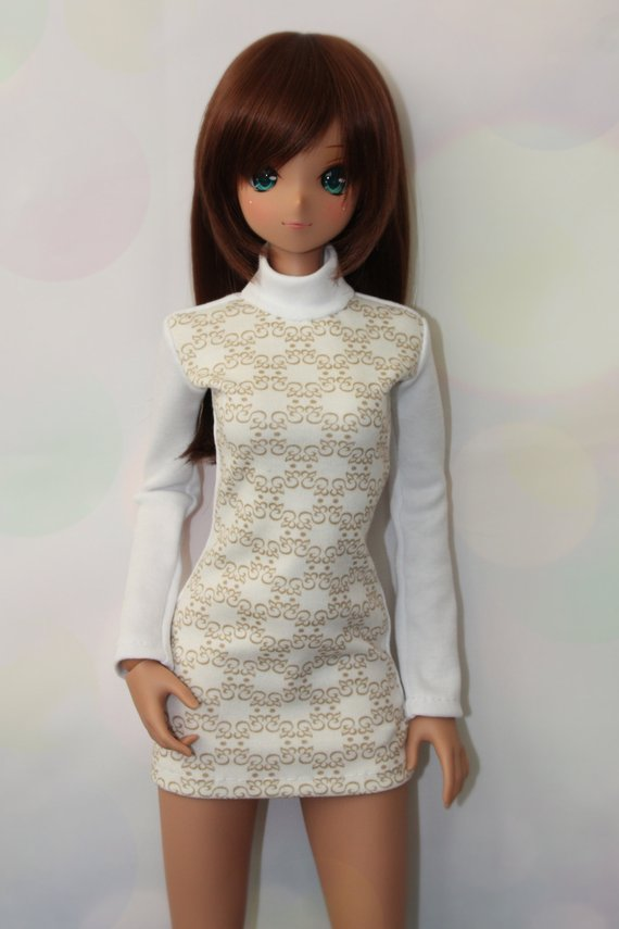 White warm jersey dress with long sleeved for smart doll and dollfie dream