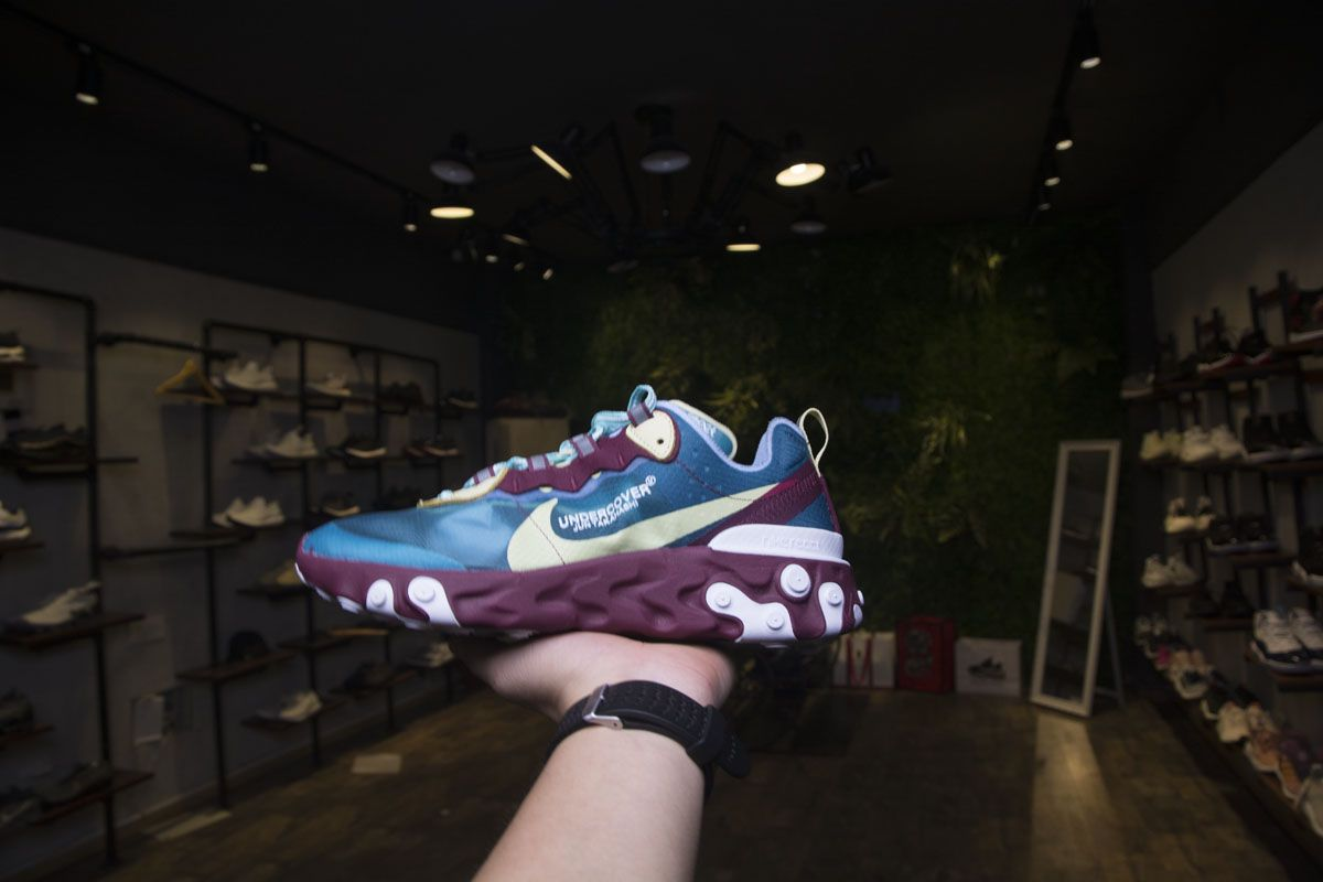 1359209fdfcb UNDERCOVER x NIKE EPIC REACT ELEMENT 87 AQ1813 343 BLUE YELLOW SHOES Undercover  x Nike React Element 87 Color  Blue Gold Blue Release Date  Fall 2018 Style  ...