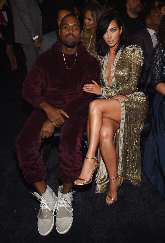 Kanye West Wears Adidas Yeezy Sneakers Sweatsuit For Grammy Performance Fashion Kanye West Style Yeezy Sneakers