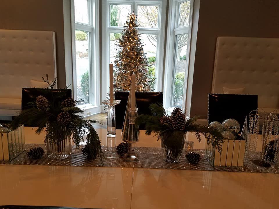 Holiday Tablescape by Ten Pennies! #flowers #flowershop #florist