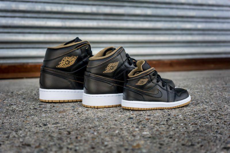 Air Jordan 1 Mid Black/Gold (10