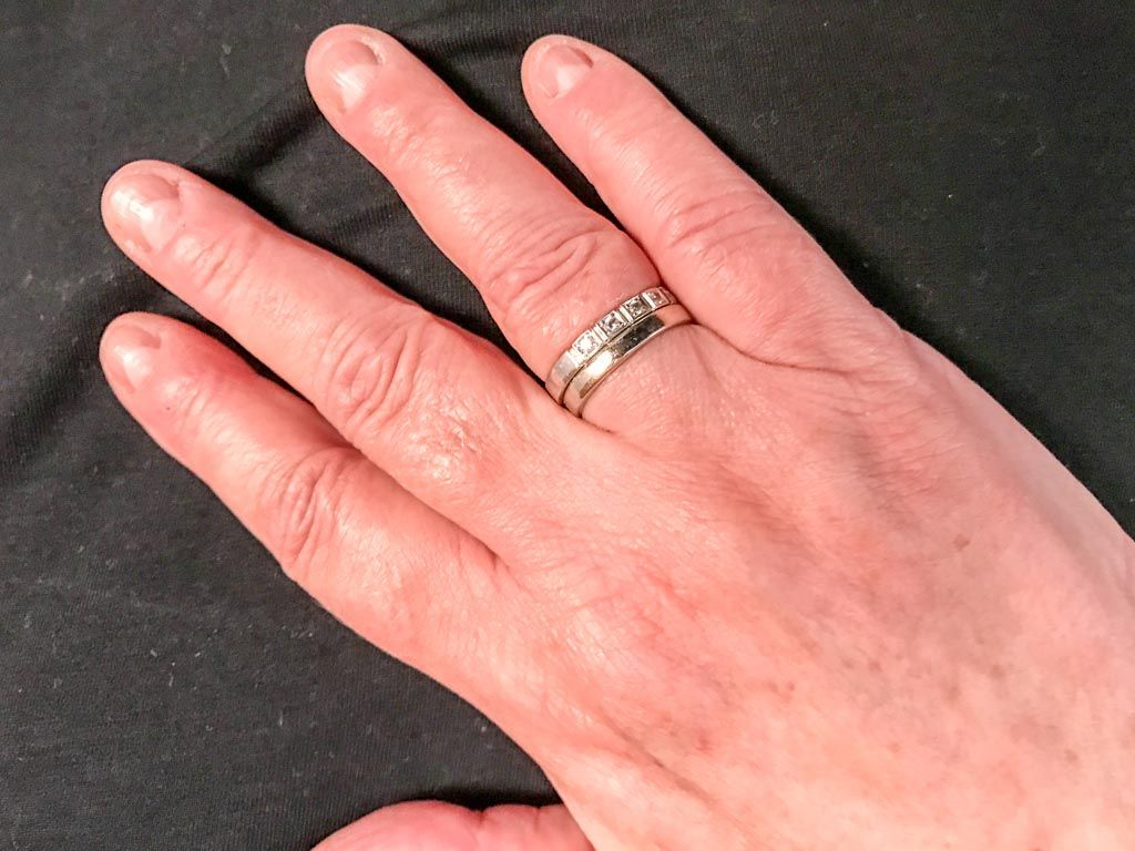 Tag des Ringfingers in den USA – der amerikanische Ring Finger Day ...