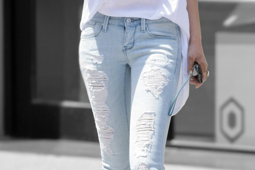 cute jeans. (With images) Fashion, Light denim, Light jeans