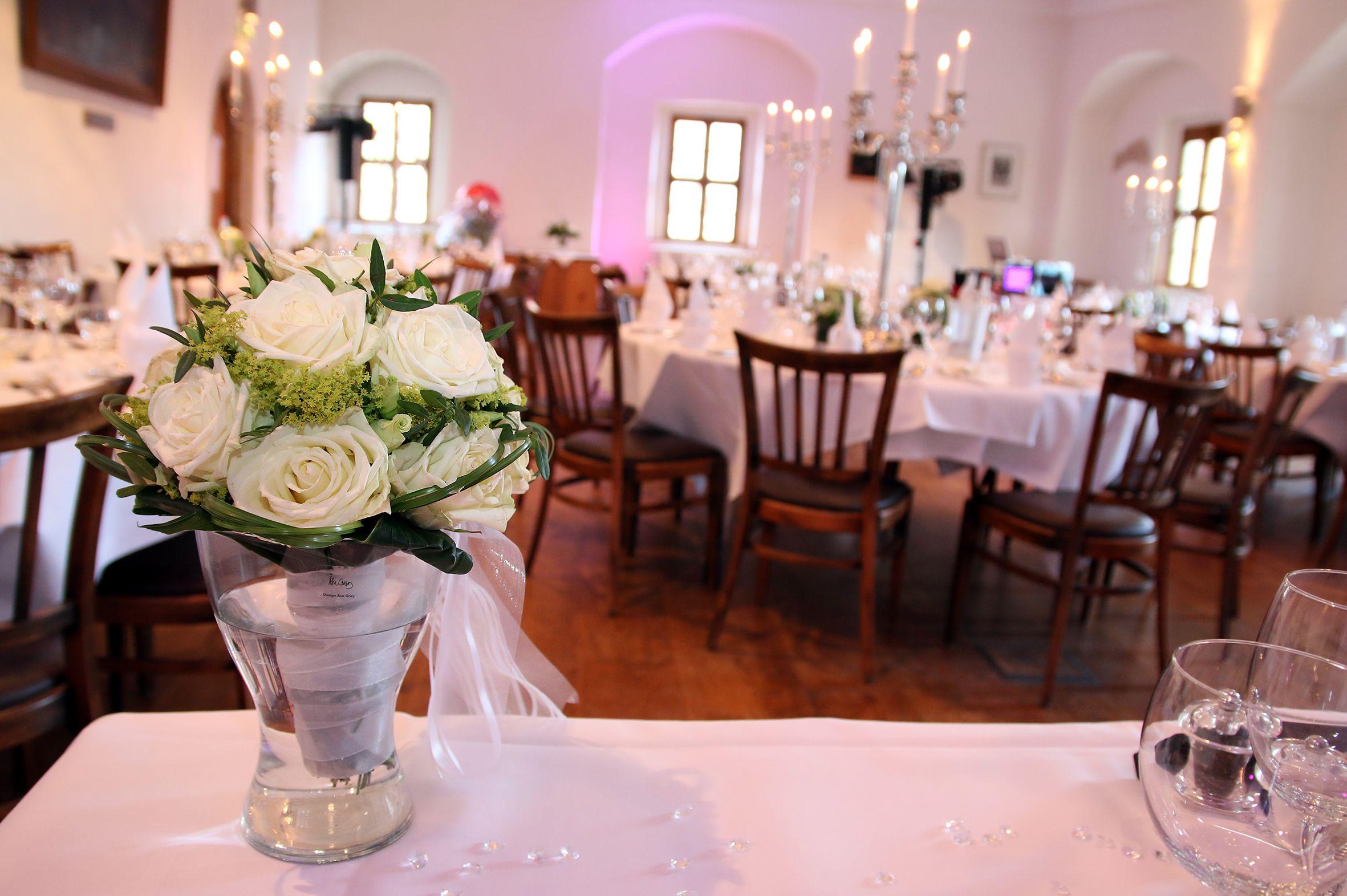 """eindeutig mehr als """"99 Luftballons"""" auf einer Hochzeit auf Burg Warberg Hochzeit Fotografie"""