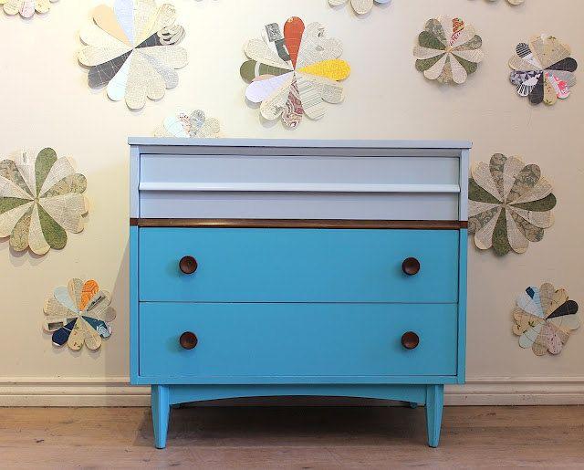 Visualizza altre idee su pareti dipinte a mano, dipinti, dipinti murali. Two Toned Turquoise Dresser 545 00 Via Etsy