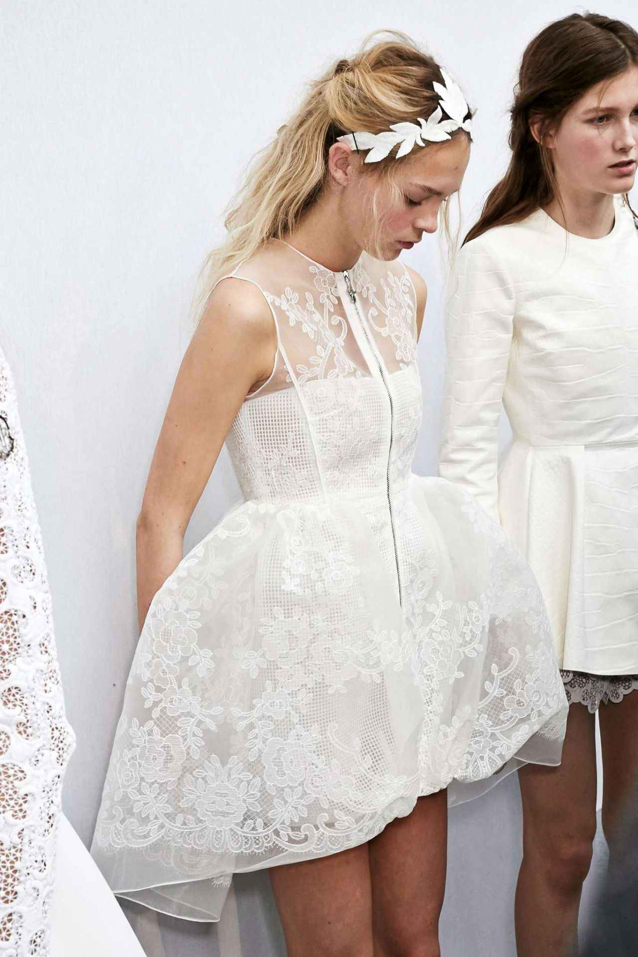 White short wedding dresses  Pin by Gsel on fashion  Pinterest  Minis White short wedding
