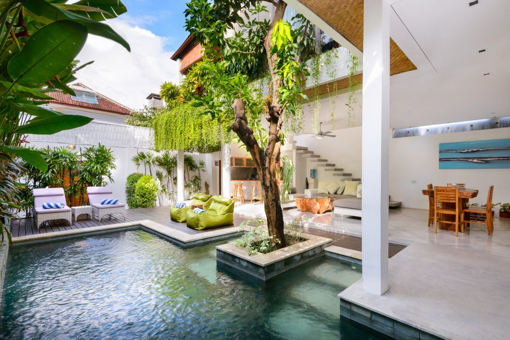 Located In Fashionable Seminyak Villa Ace Is New Villa Bali For Rent The 2 Bedroom Villa Is Perfect Choice As Your Accom Bali House Villa Design House Design