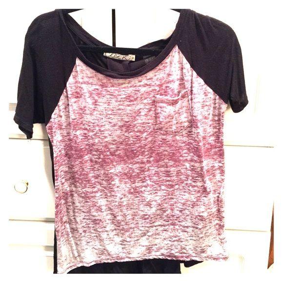 Chloe K Tops - T-Shirt