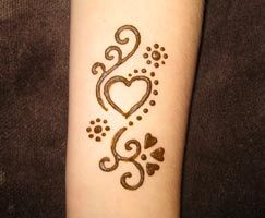 Cute Mehndi Tattoo : Simple and cute anklet feet henna tattoo ornament mehndi designs
