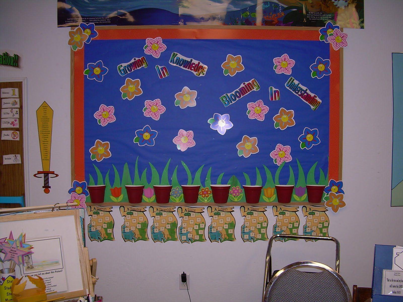 Hands On Bible Teacher: New Attendance Board...Sping Time Flowers were a success.