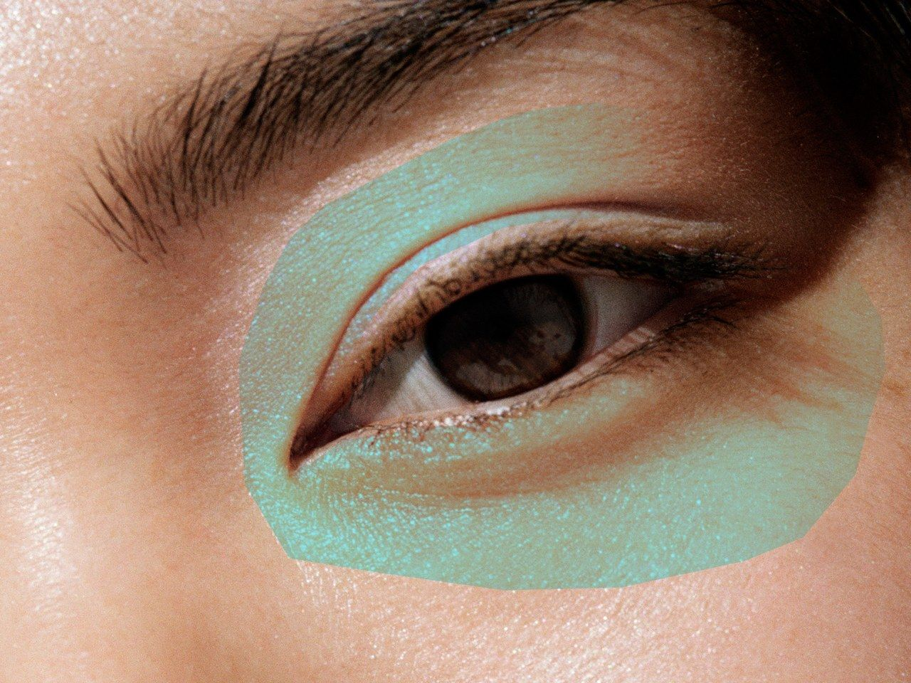 13 Mistakes You're Making When Using an Eyelash Curler ...