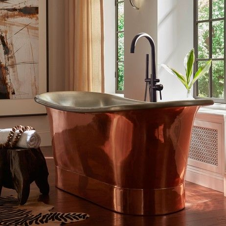 Luxurious copper bathtub design via @thompsontraders. See Britannia on Modenus:  #CopperOnModenus