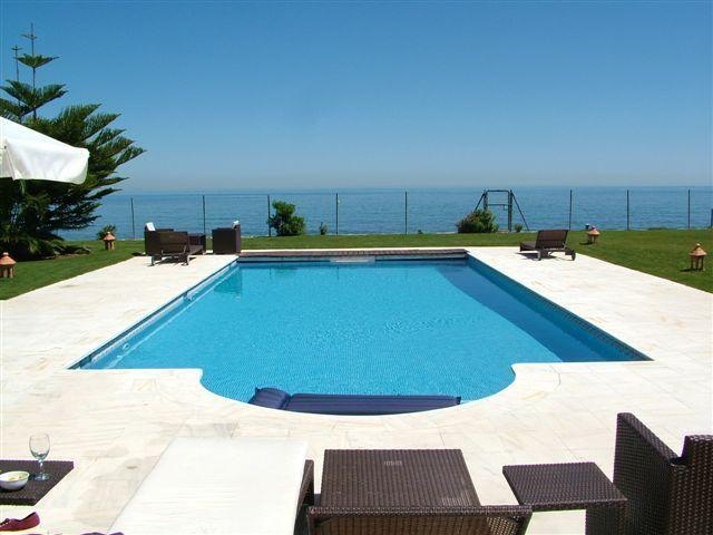 Luxury 6 Bedroom Beachfront Villa in Marbella