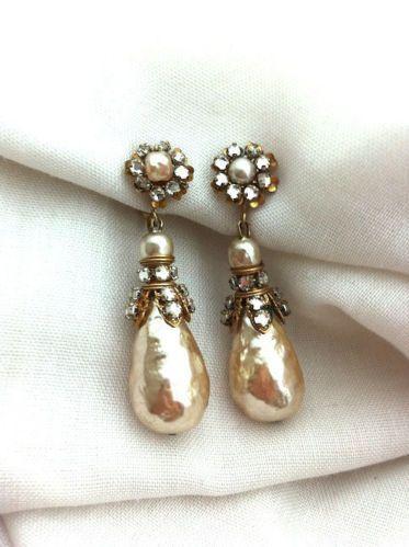 1940 S Signed Miriam Haskell Vintage Pearl And Rhinestone Drop Earrings
