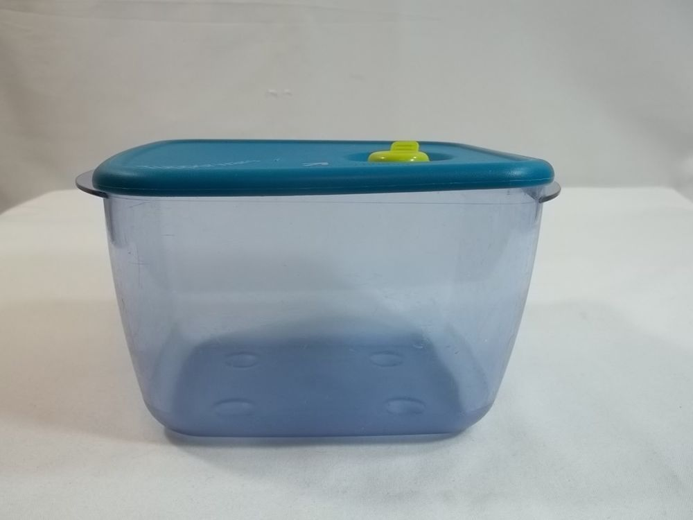 Tupperware Vent N Serve 6 1 4 Cup Rectangle Container 3384 Turquoise Lid Tupperware Vintage Tupperware Rectangle