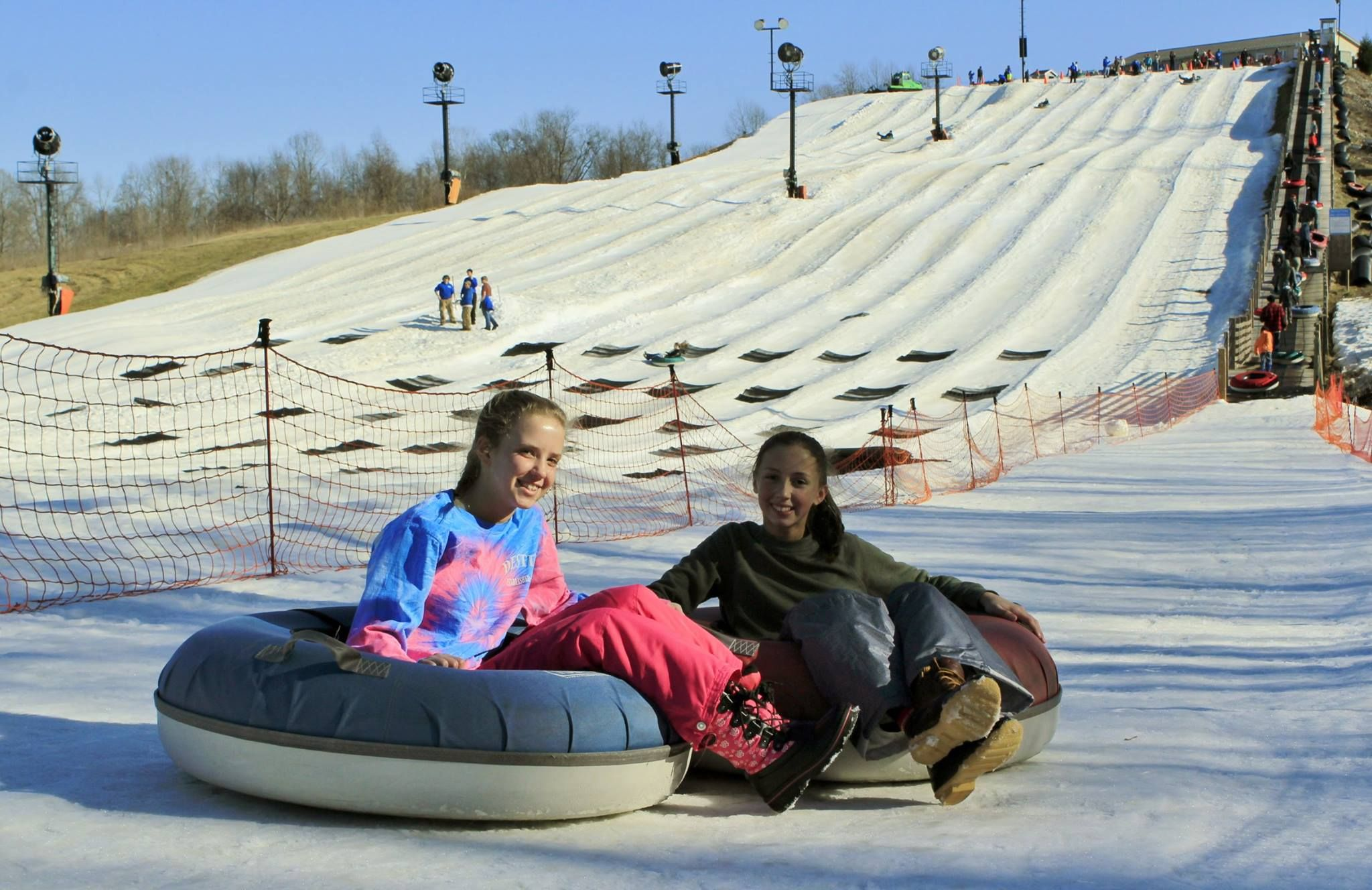 The Country S Most Underrated Snow Tubing Park In Indiana Is Paoli Peaks And It S A Blast To Visit Paoli Peaks Snow Tubing Indiana