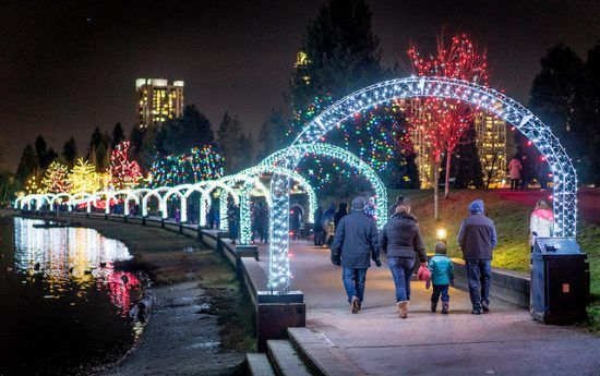 15 Perfect Date Night Ideas For You And Your Significant Other This Winter Vancouver Things To Do Vancouver Christmas Market Vancouver