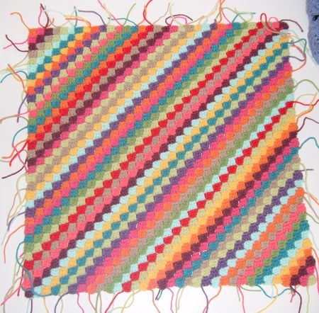 Decke diagonal häkeln | Crochet, Tutorials and Blanket