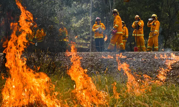 Australian fires Victorians urged to leave amid fears