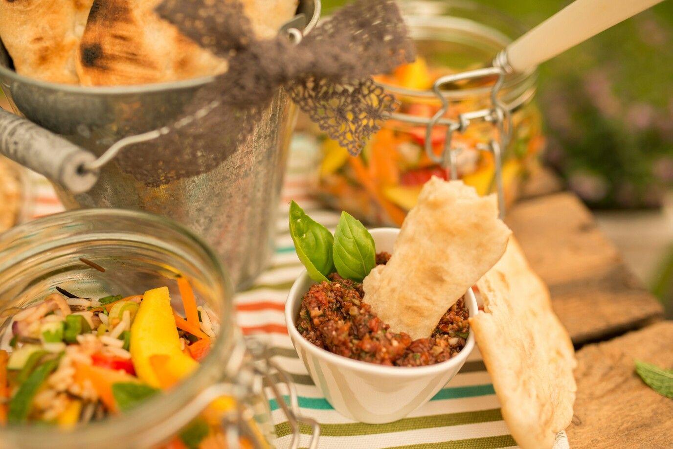 Gegrillte Flade mit Tomaten-Oliven-Paste Möchte man die
