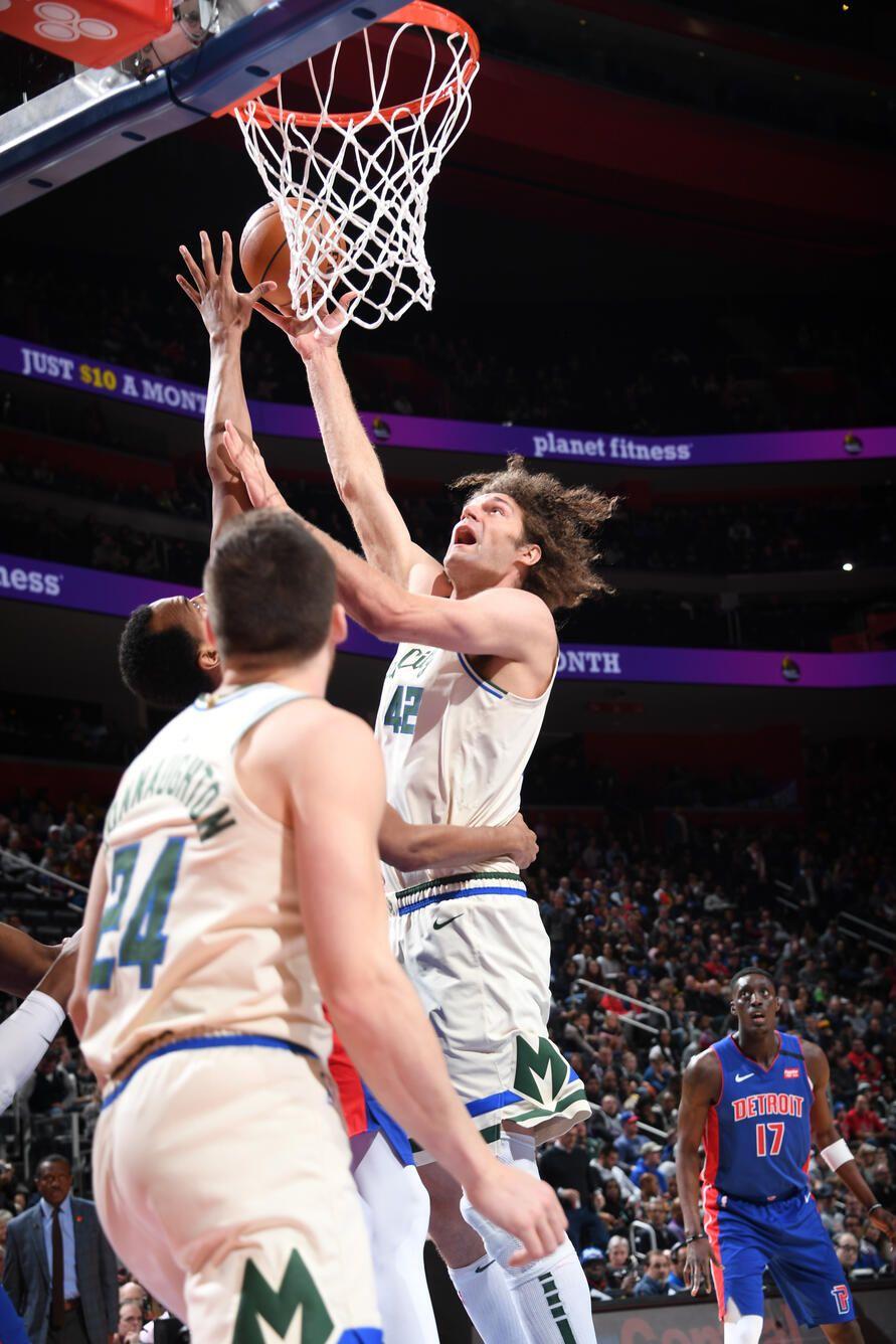 Photo Recap Bucks 126 Pistons 106 2 20 20 Milwaukee Bucks Planet Fitness Workout Milwaukee Bucks Milwaukee