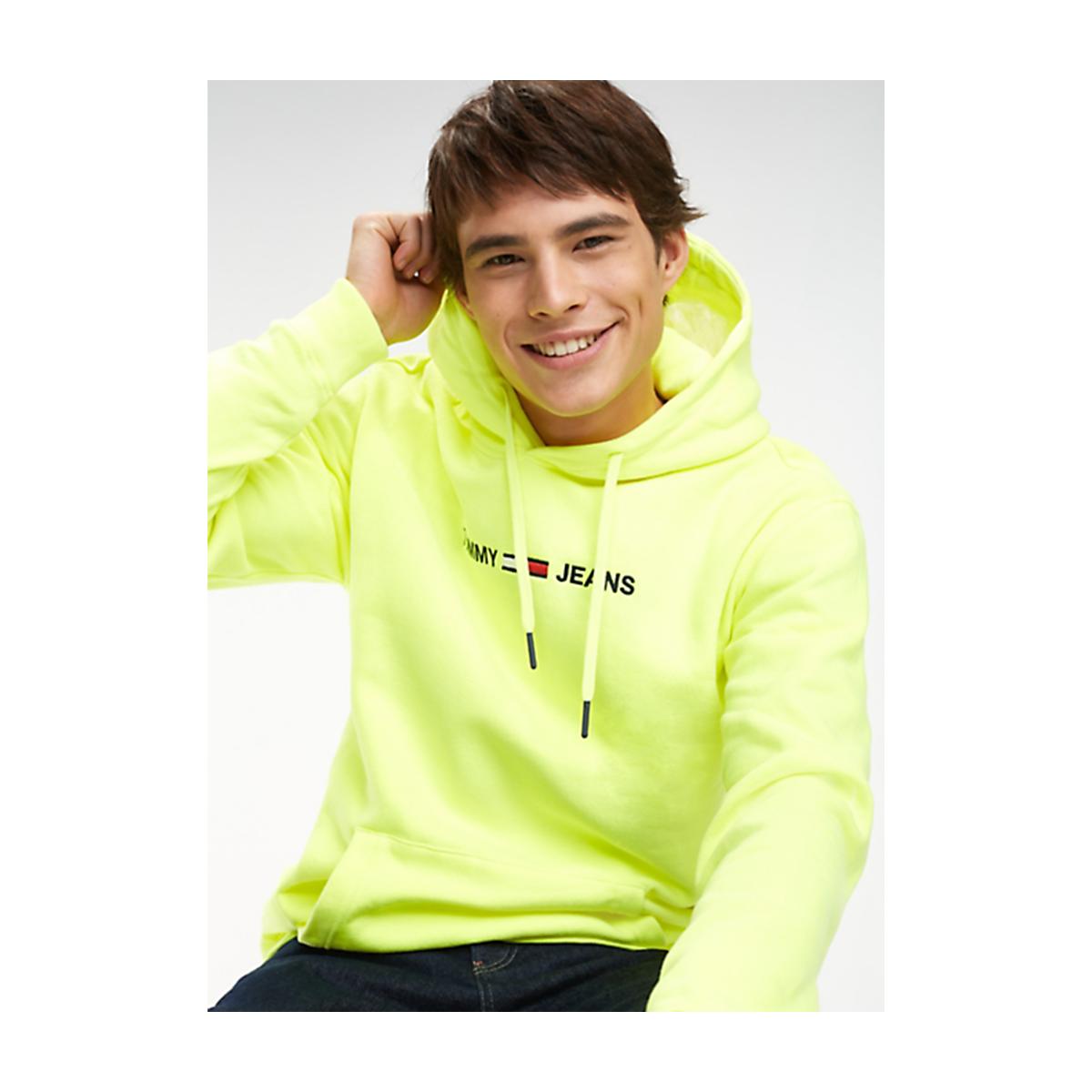 8dd9e3535 Tommy Hilfiger TJM SMALL LOGO HOODIE DM0DM05146  men  tommyjeans  fashion   hoodie