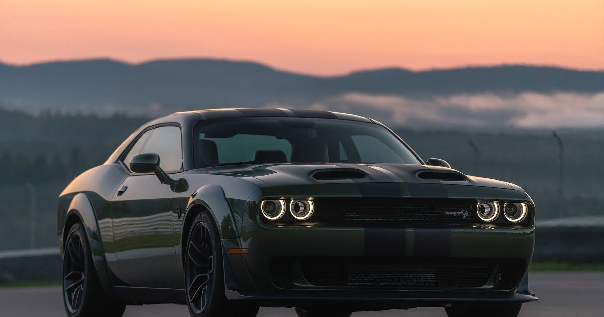 Edmunds Also Has Dodge Challenger Srt Hellcat Redeye Pricing Mpg Specs Pictures Safety Fea In 2020 Dodge Challenger Srt Hellcat Challenger Dodge Challenger Srt Hellcat