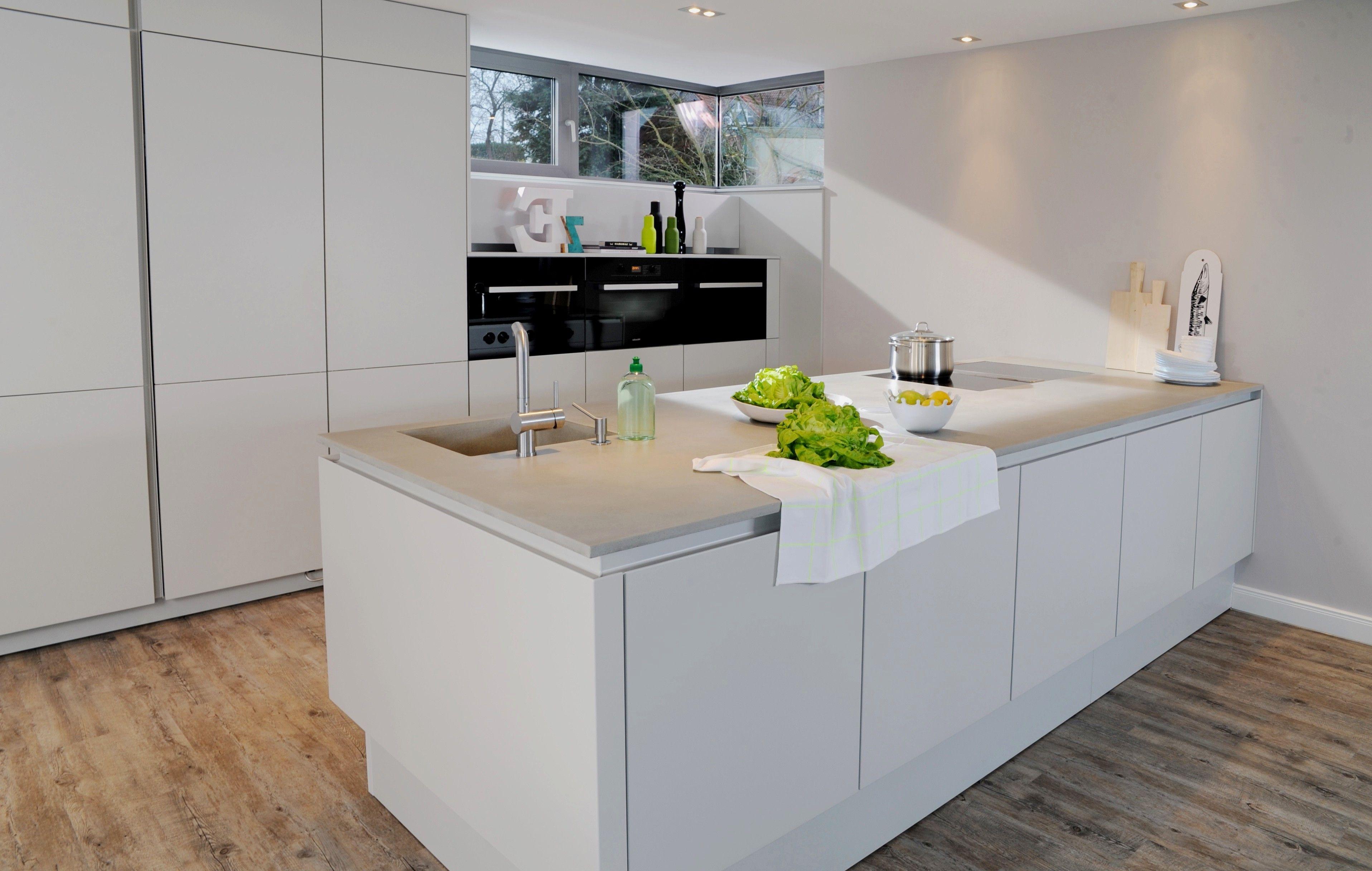 48 Das Beste Von Arbeitsplatte Kuche Dunn Kitchen Cabinet Remodel Glossy Kitchen Kitchen Remodel