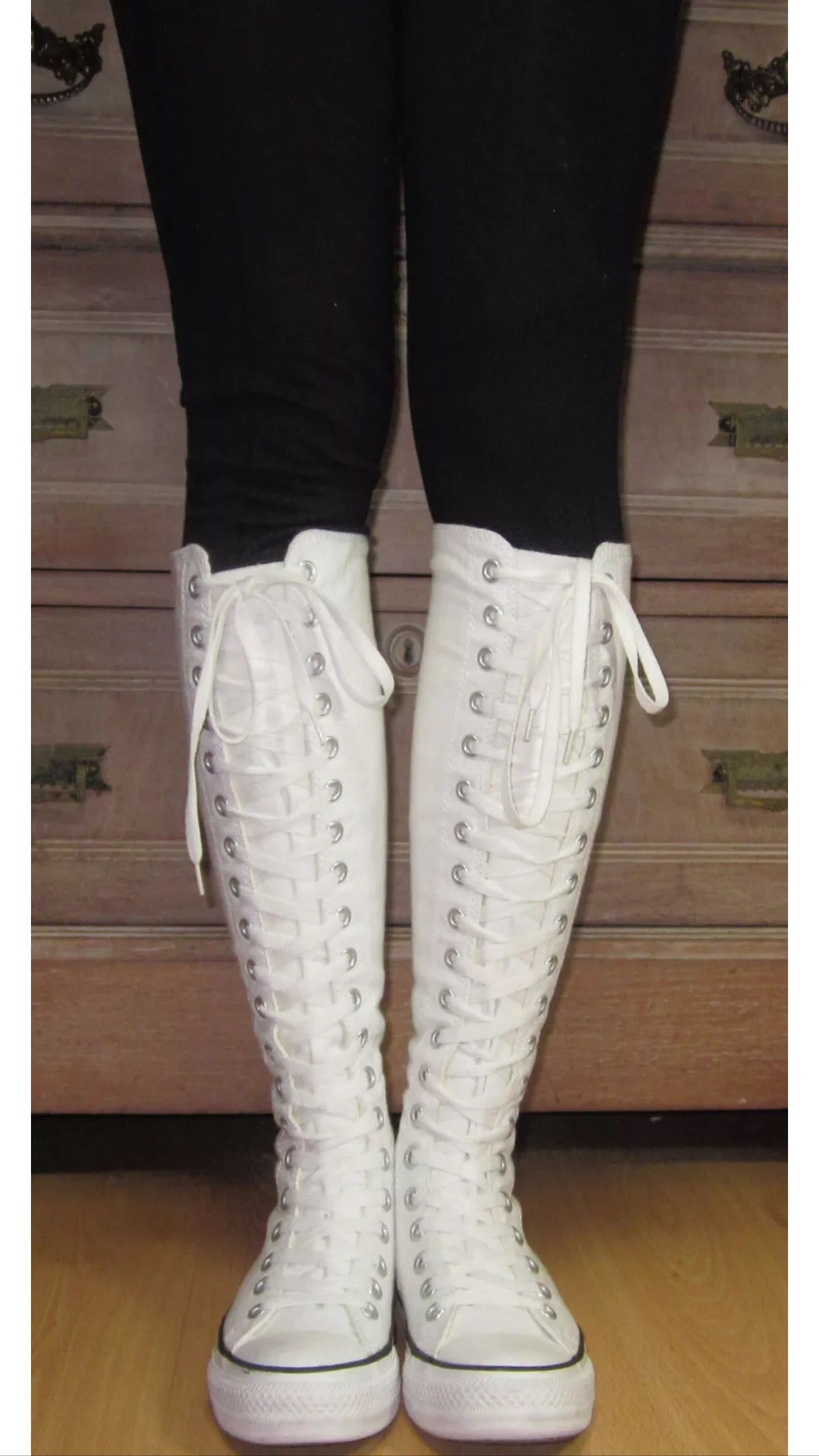 52032b4de346 My 2nd pair of white knee high converse which my black leggings! They  contrast so much
