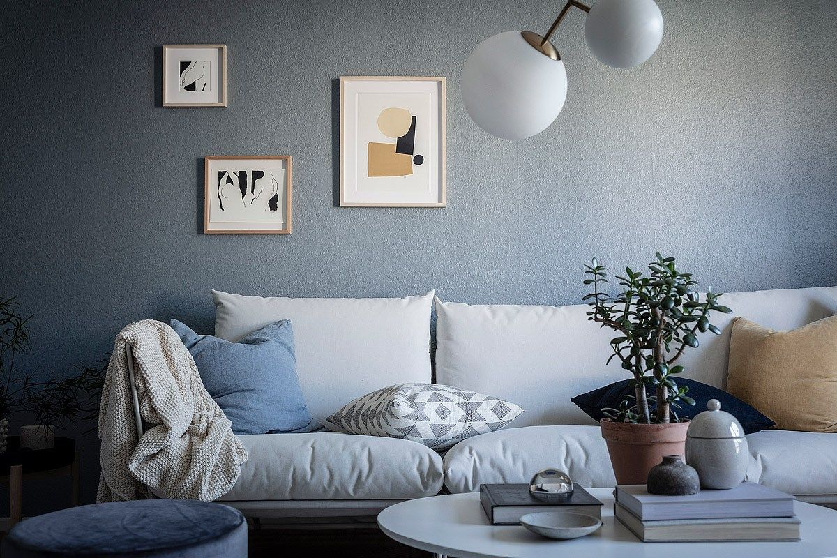 Home With Petrol Blue Walls Coco Lapine Designcoco Lapine De