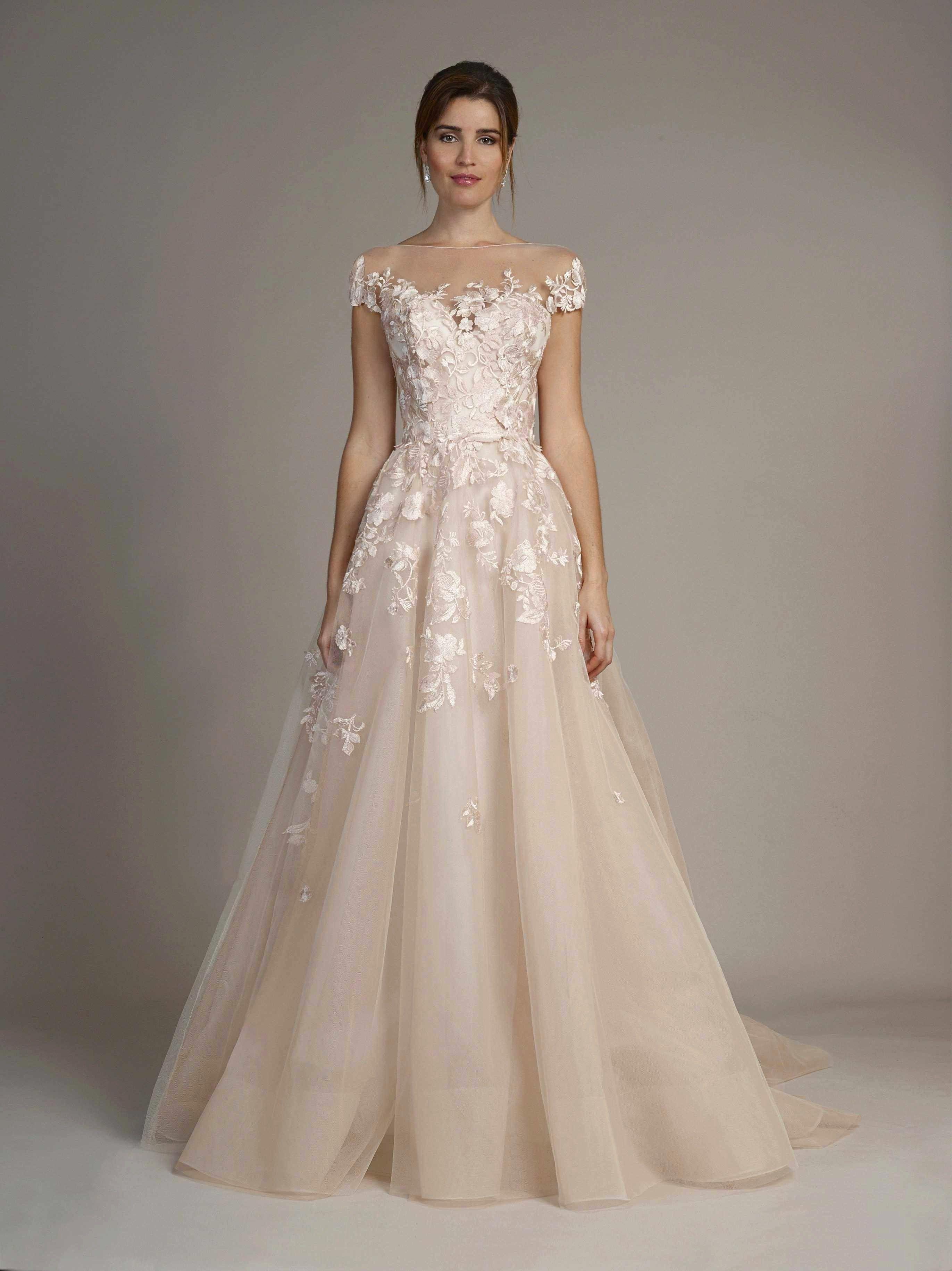 Kleinfeld bridal new york in 2020 petite wedding dress