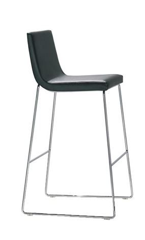 Incredible Andreu World Lineal Comfort Bar Stool Savills Studley Evergreenethics Interior Chair Design Evergreenethicsorg
