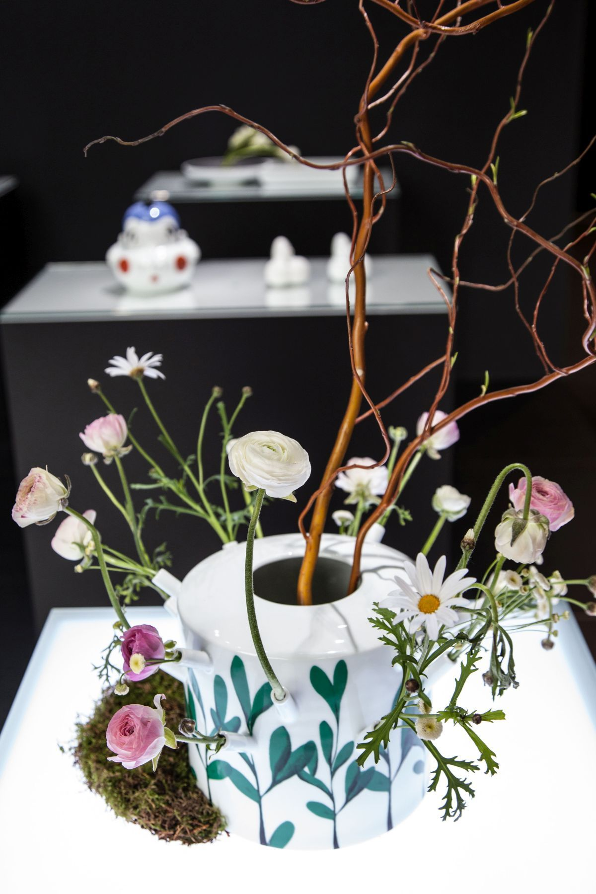 ARITA-400project-Porcelain-flower-vase