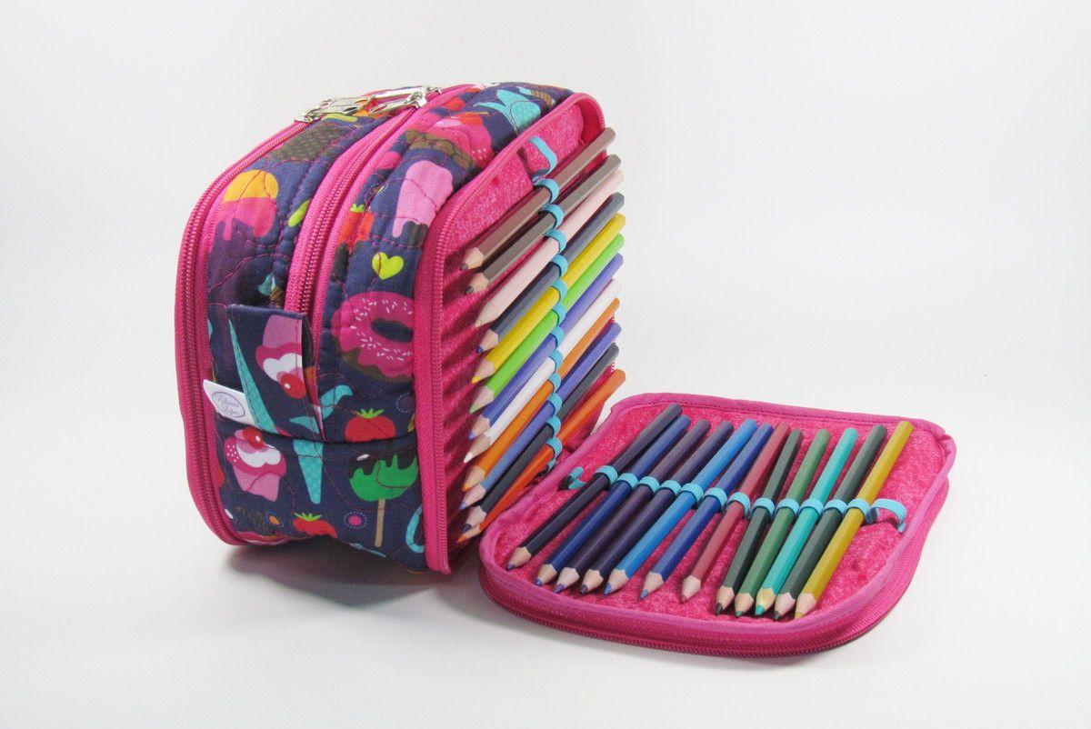 cd993da18 Estojo Escolar organizador com elásticos para 48 lápis, além de espaço para  outras necessidades.