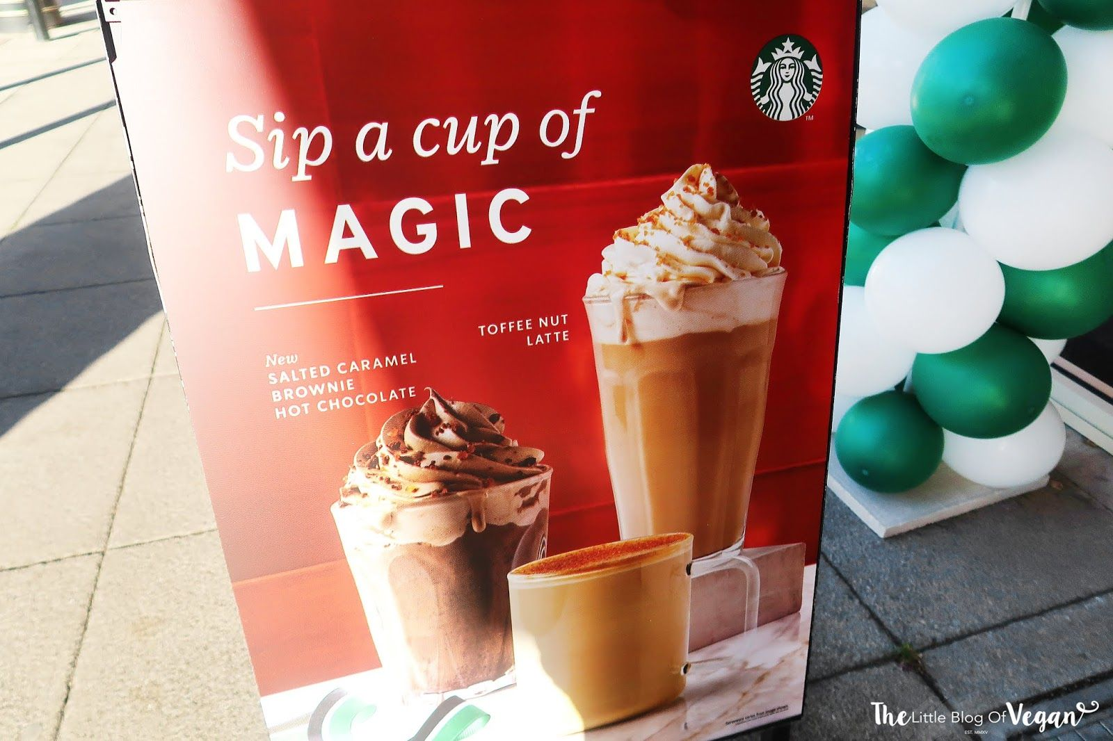 Starbucks Christmas Drinks 2018.Ordering Vegan At Starbucks Christmas 2018 Hungry Kid