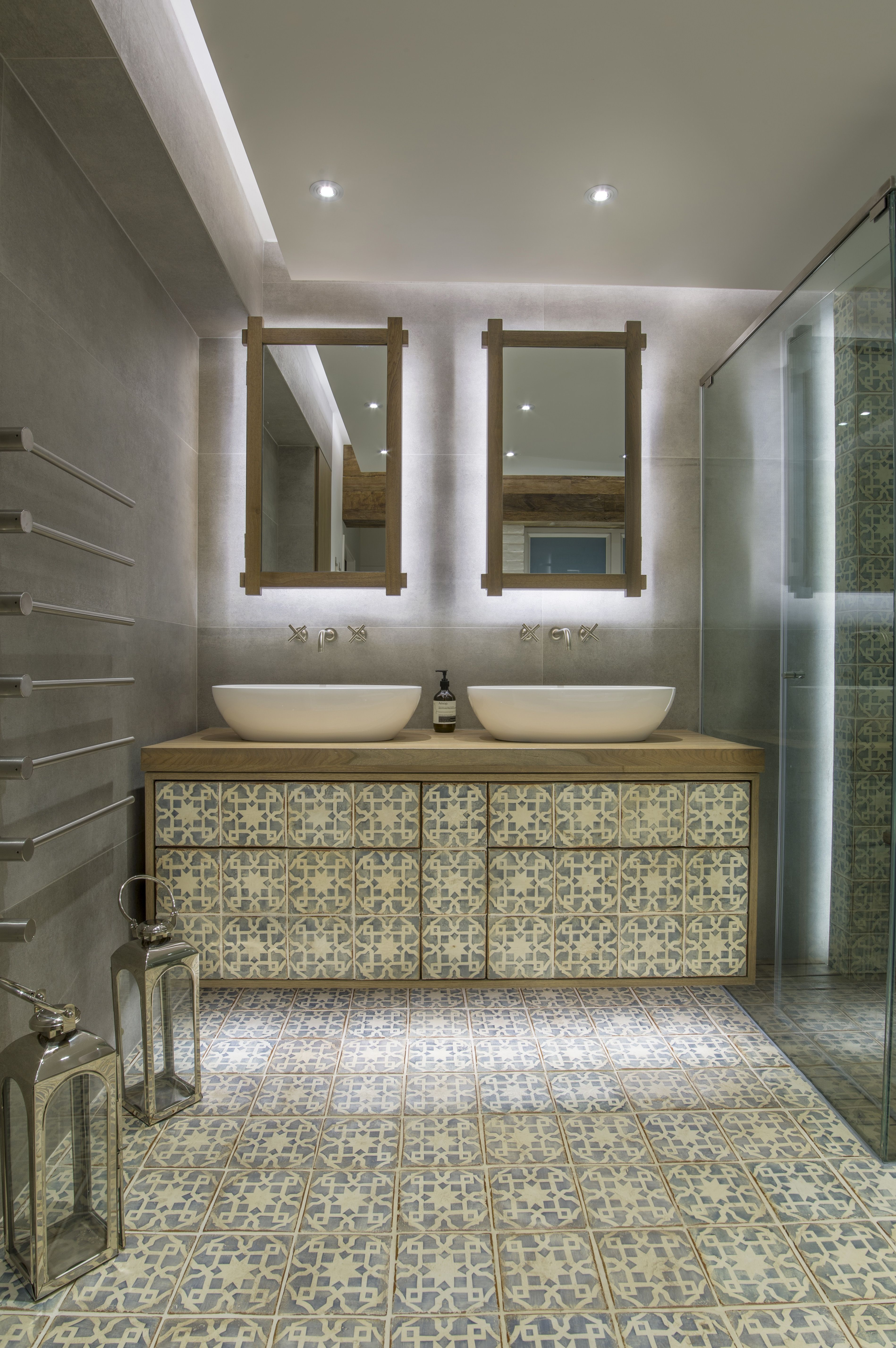 Bathroom moroccan style - Master Bathroom Moroccan Inspired Room Fired Earth Tiles Sanitary From Kohler