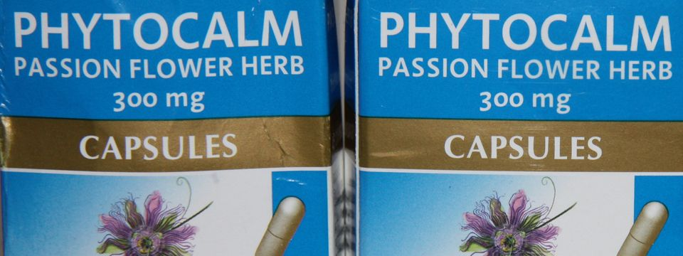 Phytocalm Passion Flower Herb Capsules Biteable Beauty Passion Flower Herb Passion Flower Capsule