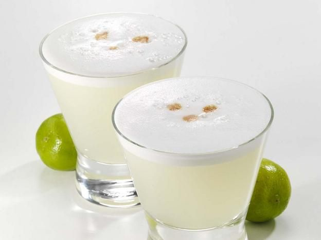 On pisco sours, Peru, and homesickness. This drink is too delicious!!